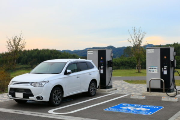 【2020年版】「電池自動車」関連銘柄のおすすめ株一覧!厳選5銘柄